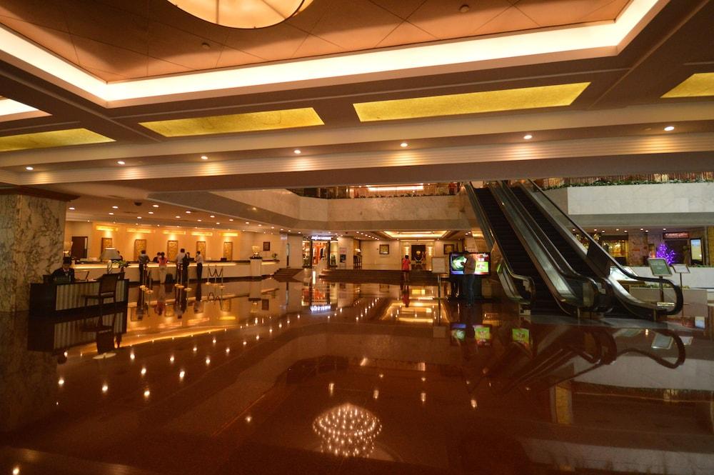 광둥 호텔(Guangdong Hotel) Hotel Image 2 - Lobby