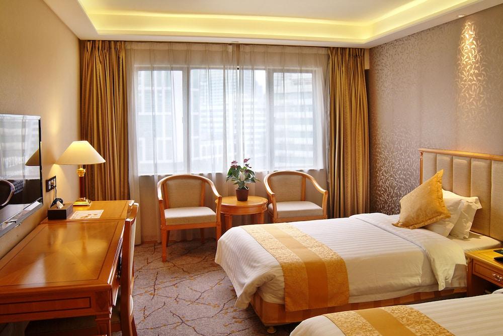 광둥 호텔(Guangdong Hotel) Hotel Image 20 - Living Room