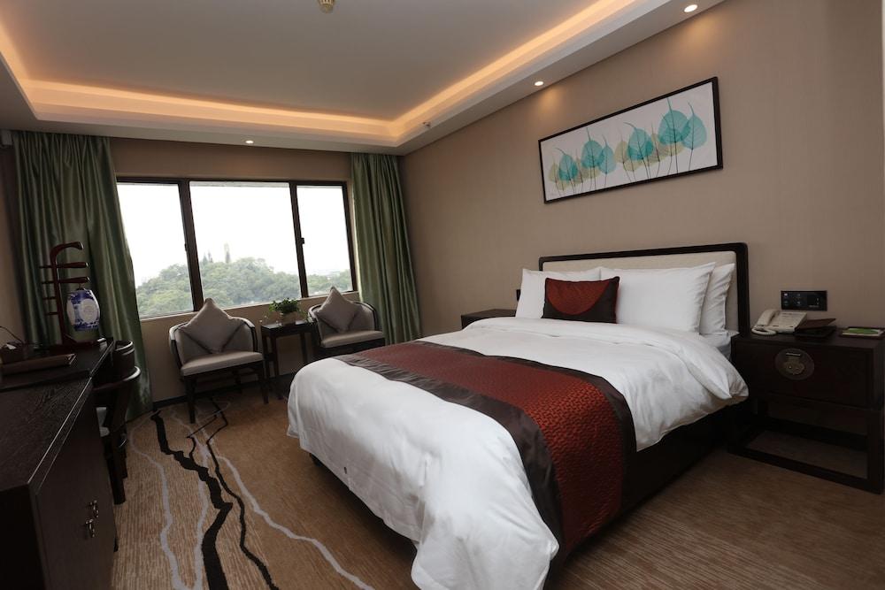 광둥 호텔(Guangdong Hotel) Hotel Image 15 - Living Area