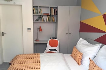 Small Basic Budget  Double Room - Ground Floor