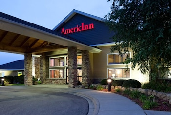AmericInn Lodge & Suites Shakopee Near Canterbury Park
