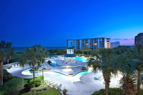 . Litchfield Beach & Golf Resort