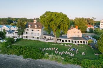 Hotel - The Breakwater Inn and Spa