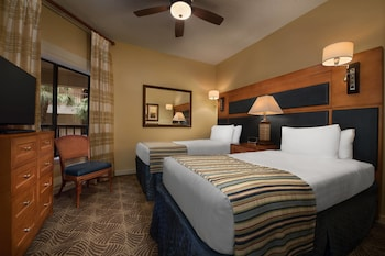 Guestroom at Marriott's Harbour Point and Sunset Pointe at Shelter Cove in Hilton Head Island