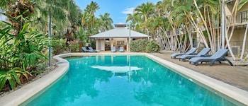 三一海灘俱樂部假日公寓飯店 Trinity Beach Club Holiday Apartments