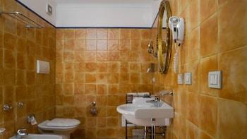 Caiammari Boutique Hotel & Spa - Bathroom  - #0