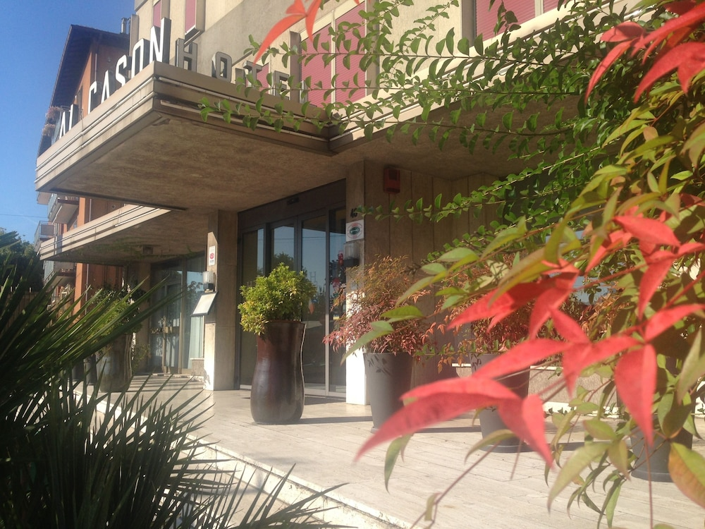 호텔 알 카손(Hotel Al Cason) Hotel Image 0 - Featured Image