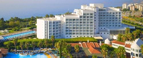 Hotel Su & Aqualand, Merkez