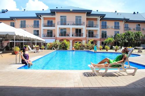 . Tradewinds Hotel
