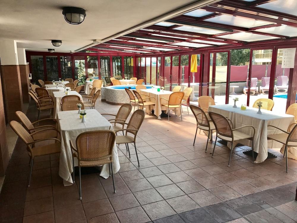 호텔 두에 마리(Hotel Due Mari) Hotel Image 77 - Executive Lounge