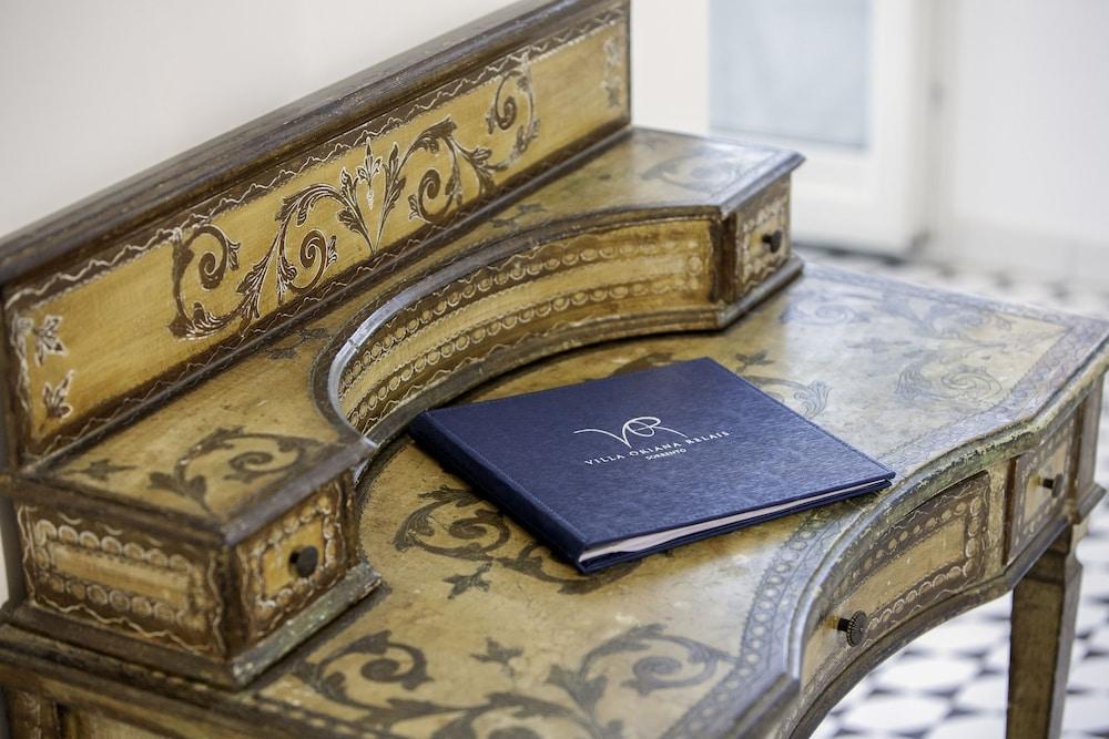 빌라 오리아나 릴레(Villa Oriana Relais) Hotel Image 9 - Guestroom