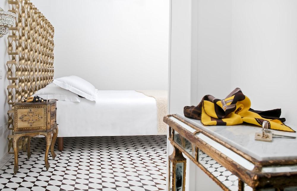 빌라 오리아나 릴레(Villa Oriana Relais) Hotel Image 2 - Guestroom