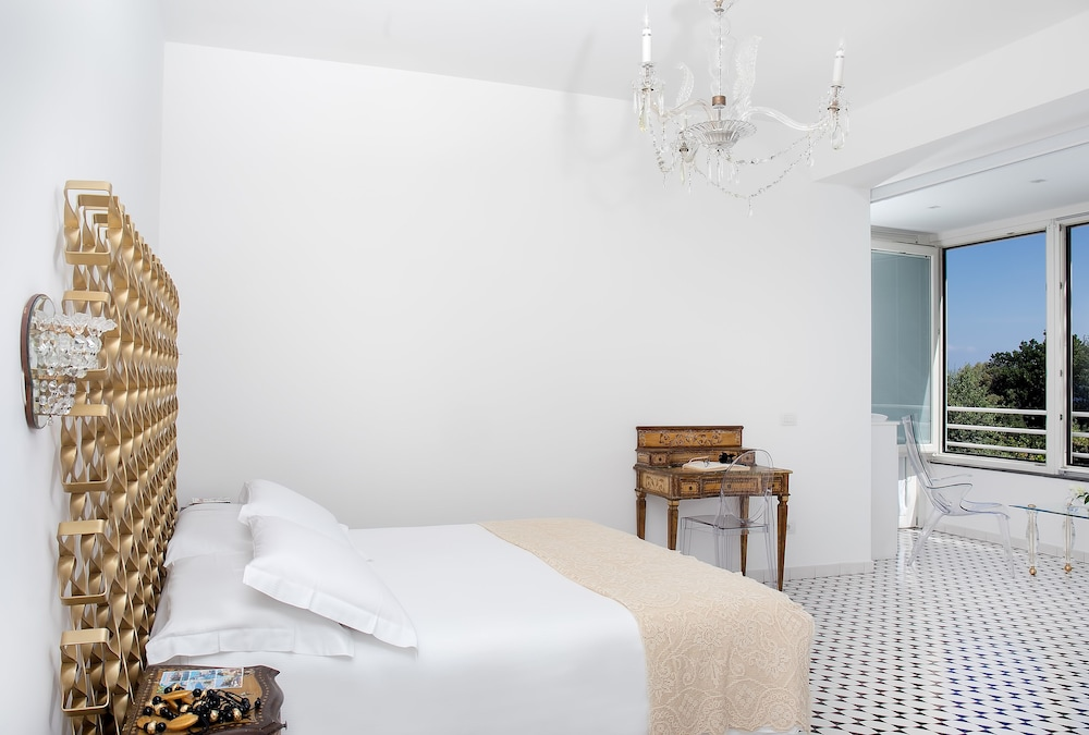 빌라 오리아나 릴레(Villa Oriana Relais) Hotel Image 3 - Guestroom