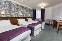 Triple Room (Crown, 1 Double and 1 Single Beds)