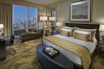 Central Park View, Premier Room, 1 King Bed, Park View