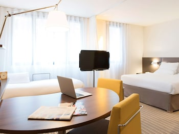 Family Suite, 1 Double Bed with Sofa bed (2 adults + 2 kids)