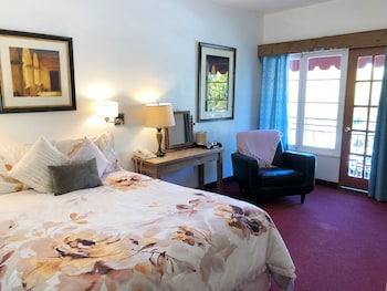 Room, 1 Queen Bed, Fireplace, Mountainside