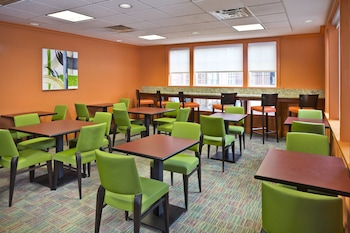 Baltimore Vacations - Residence Inn by Marriott Arundel Mills BWI Airport - Property Image 1