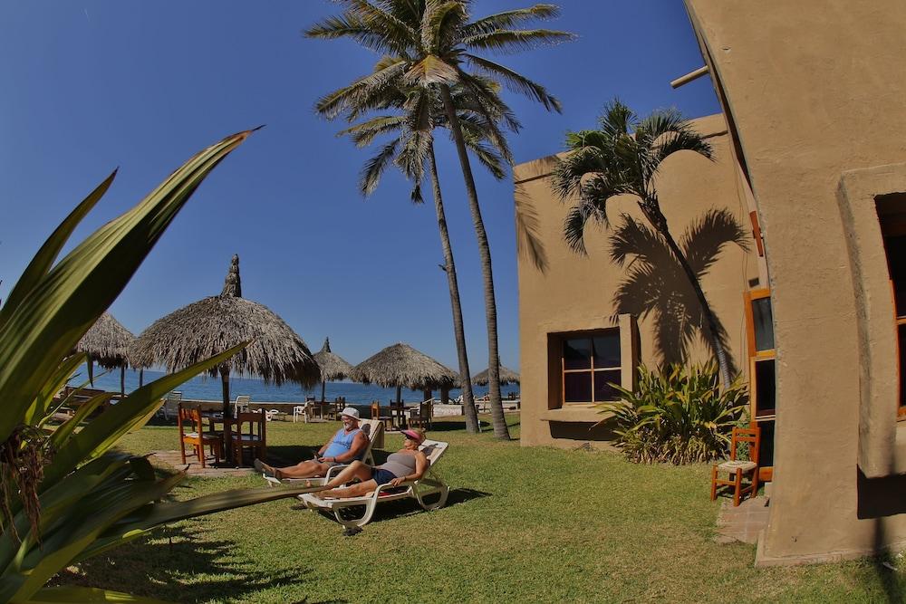 Hotel Villas El Rancho