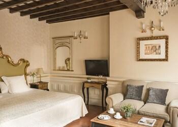Junior Suite (Extra Bed)