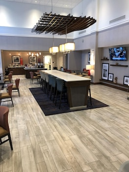 安娜堡西部歡朋套房飯店 Hampton Inn & Suites Ann Arbor West