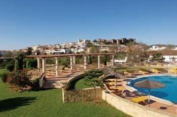 호텔 콜리나 도스 모로스(Hotel Colina Dos Mouros) Hotel Image 10 - Outdoor Pool
