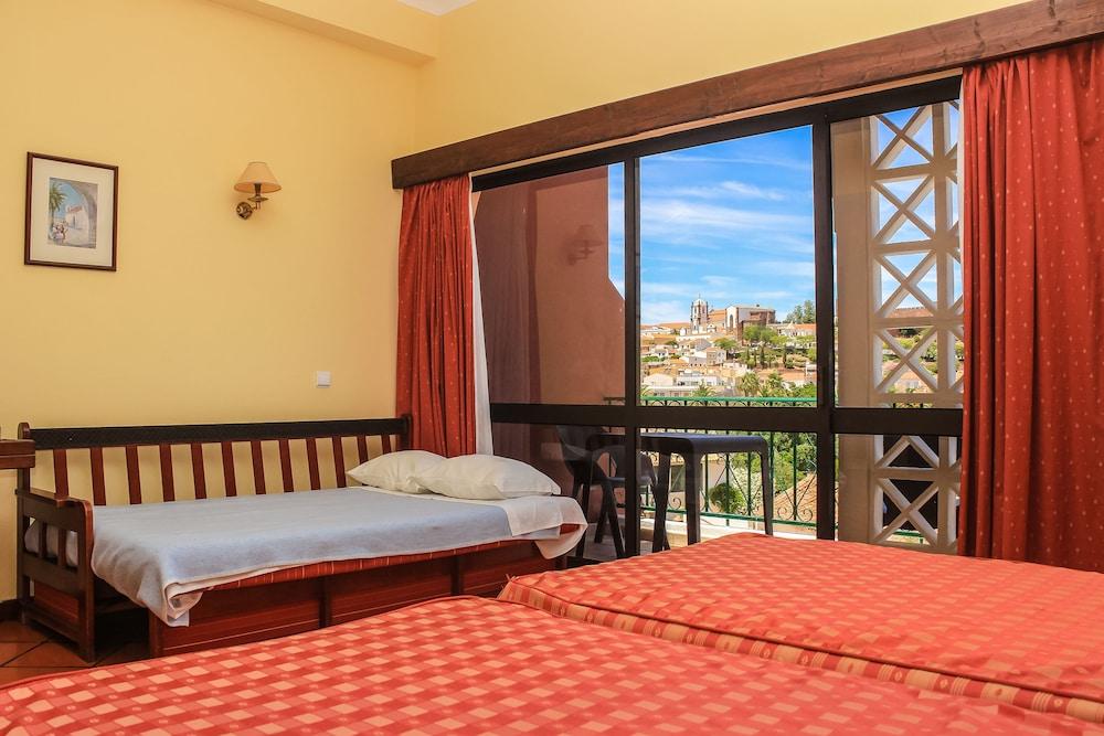 호텔 콜리나 도스 모로스(Hotel Colina Dos Mouros) Hotel Image 4 - Guestroom