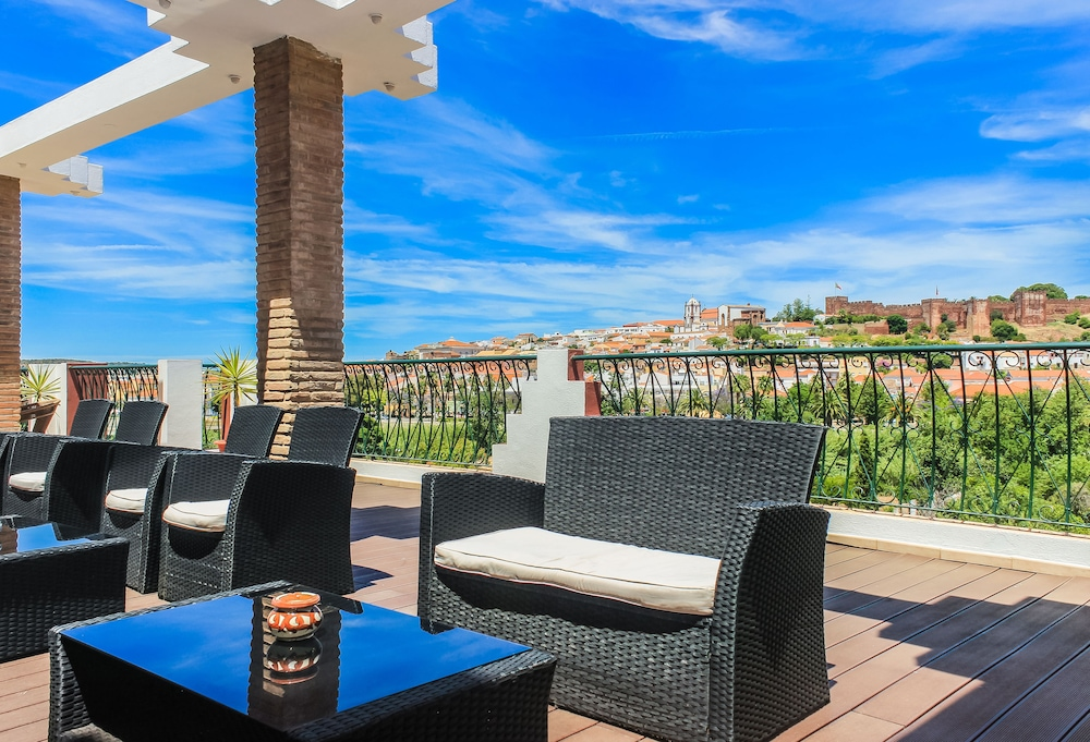 호텔 콜리나 도스 모로스(Hotel Colina Dos Mouros) Hotel Image 23 - Outdoor Banquet Area