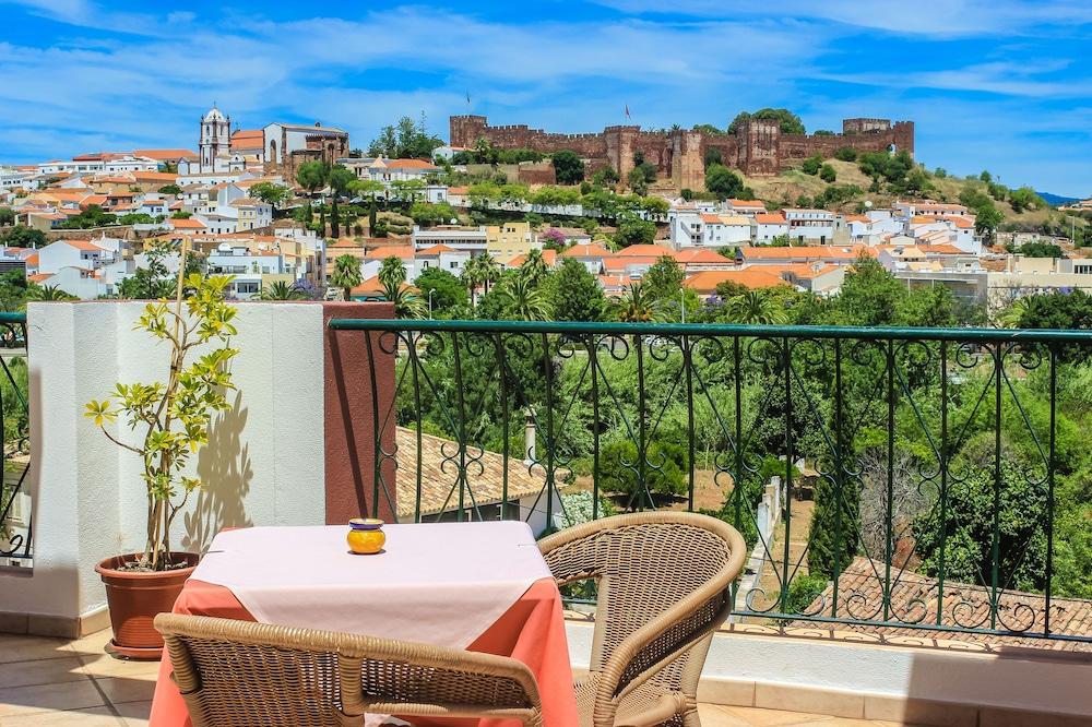 호텔 콜리나 도스 모로스(Hotel Colina Dos Mouros) Hotel Image 0 - Featured Image