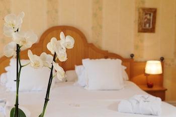 Château de Brindos - Guestroom  - #0