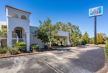 Hotel - Motel 6 Gainesville, FL