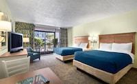 Standard Room, 2 Queen Beds, Resort View