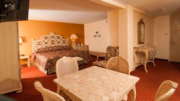 Executive Studio Suite, 1 King Bed, Kitchenette