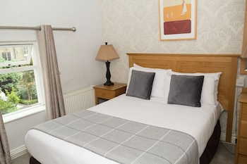 Hotel - Latchfords Self Catering Apartments
