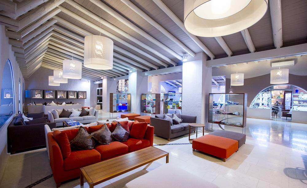 포르테 빌리지 리조트 - 일 보우간빌레(Forte Village Resort - Il Bouganville) Hotel Image 1 - Lobby
