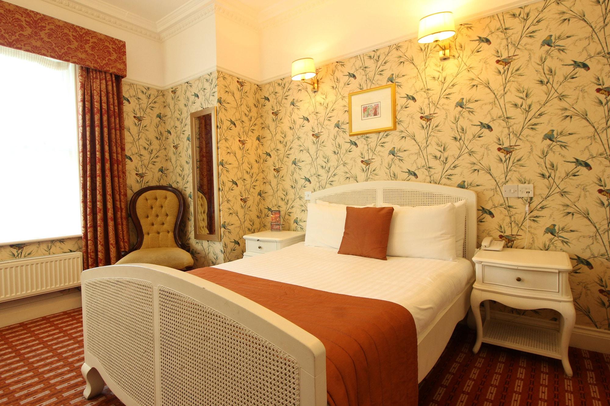 Castle Hotel,