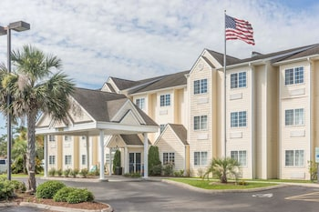 Hotel - Microtel Inn & Suites by Wyndham Carolina Beach
