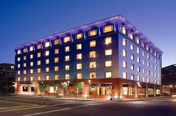 波特蘭市中心海濱希爾頓花園飯店 Hilton Garden Inn Portland Downtown Waterfront
