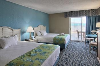 Standard Room, Beach View (Upper Floor -  1 King and 1 Queen Bed)