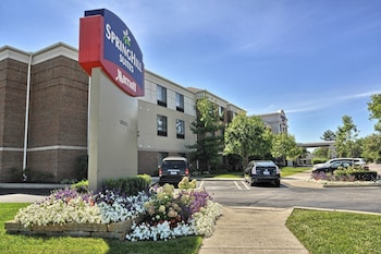Detroit Vacations - SpringHill Suites Detroit Southfield - Property Image 1