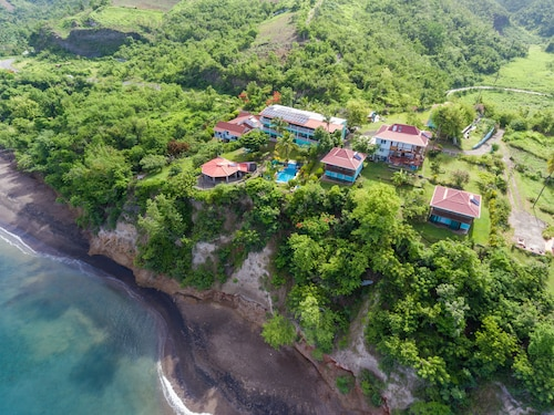 . Tamarind Tree Hotel and Restaurant