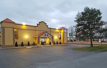 Americas Best Value Inn Indianapolis S photo