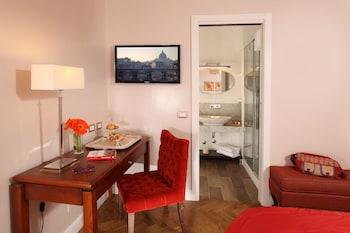 Double Room (Via del Corso 75)