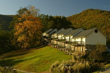 Hotel - Kingwood Resort