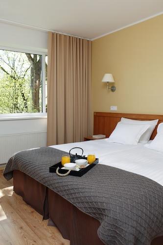 Oru Hotel, Tallinn