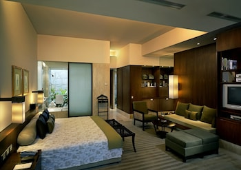 ITC Sonar, a Luxury Collection..
