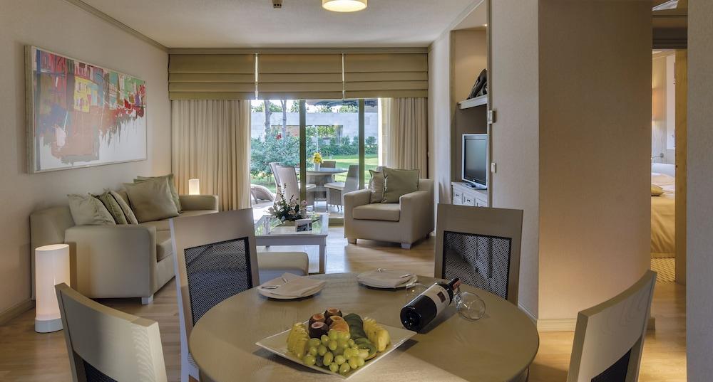 글로리아 골프 리조트(Gloria Golf Resort) Hotel Image 8 - In-Room Dining