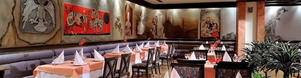 글로리아 골프 리조트(Gloria Golf Resort) Hotel Image 49 - Restaurant