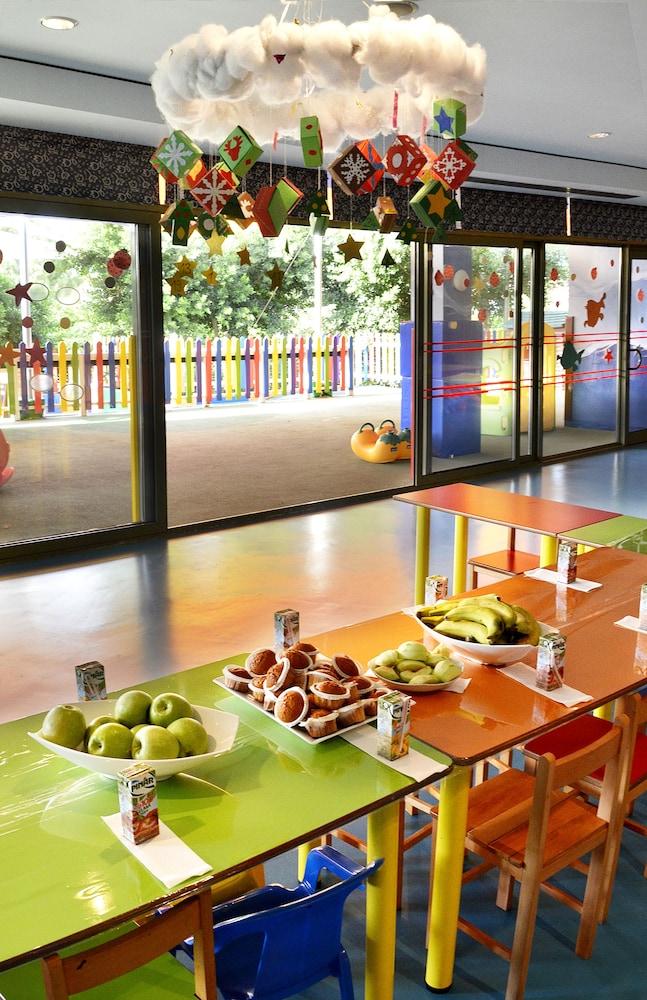 글로리아 골프 리조트(Gloria Golf Resort) Hotel Image 41 - Childrens Area
