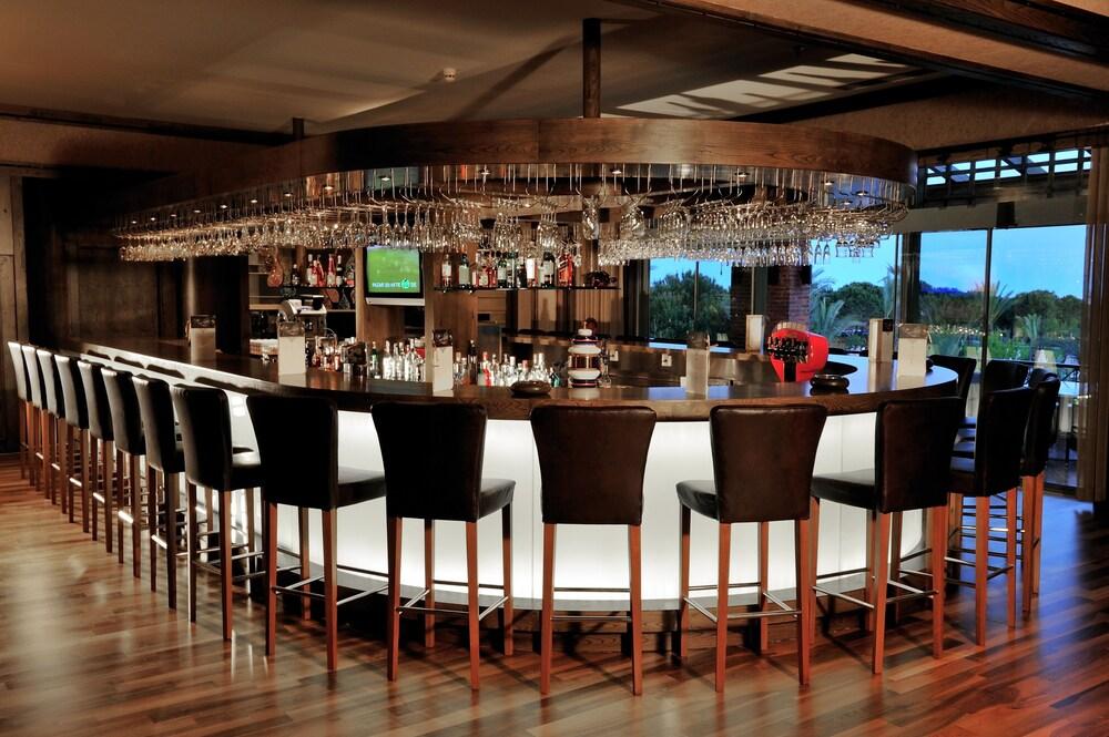 글로리아 골프 리조트(Gloria Golf Resort) Hotel Image 57 - Sports Bar